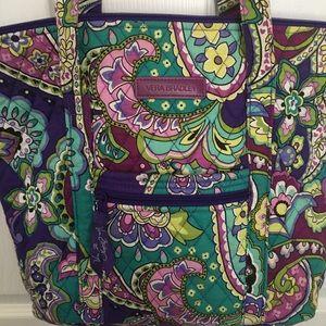 Vera Bradley Bucket Bag. Excellent condition